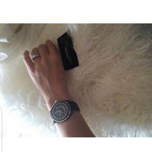 Chanel j12 watch matte black